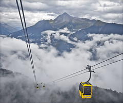 Through the Clouds. Mayrhofen Tirol Austria (Dave Hanmer) Tags: cloud austria tirol pentax sigma cablecar gondola 18200 tyrol zillertal k5 mayrhofen penken justpentax pentaxk5 davehanmer davidhanmer