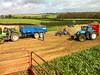 IMG_1039 (Maison Familiale Rurale de HAUSSY) Tags: capa pro bac paum mfr 2011 betterave haussy arrachage