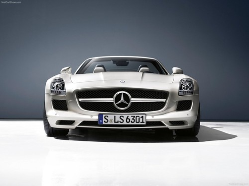 Mercedes-Benz-SLS_AMG_Roadster_2012_1600x1200_wallpaper_2a