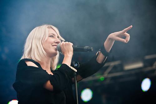 Veronica Maggio på Øyafestivalen 2011