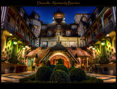 Normandy Barrire (explore + FP) (Kemoauc) Tags: france night nikon nightshot normandy hdr deauville d90 nikond90 kemoauc