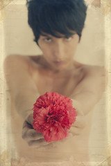 129-365 (Vanina Vila {Photography}) Tags: old red portrait people woman blur flower me girl self vintage photography mujer rojo chica sony fineart picture manos retro desenfoque frame 365 fotografia clavel 2011 vaninavila