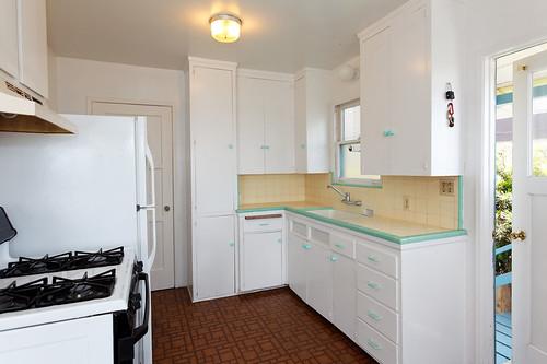 7 - charming kitchen