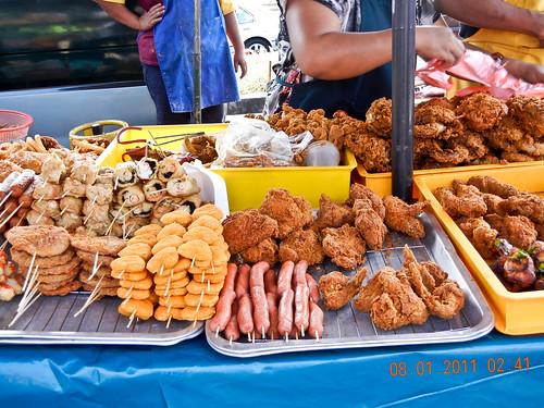 DSCN2298 Makanan Goreng ,Ramadhan bazaar , Ipoh ,Malaysia- 2011