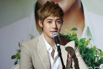 Kim Hyun Joong Singapore Press Conference [110819]