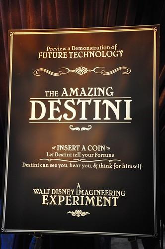 The Great Destini animatronic