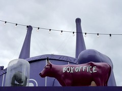 Moo Box Office