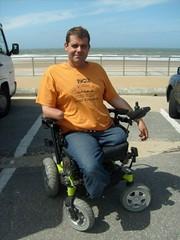 S6300294 (ampulove.net) Tags: above alex belgium wheelchair knee left amputee legless mariakerke