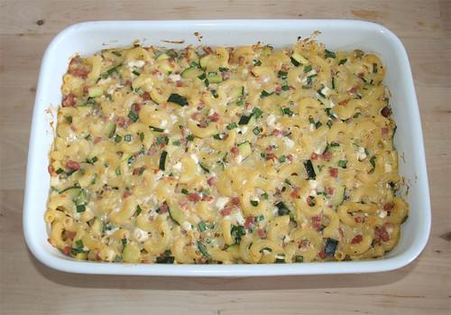 31 - Hüttenkäse-Nudelauflauf / Cottage cheese noodle casserole - Fertig gebacken