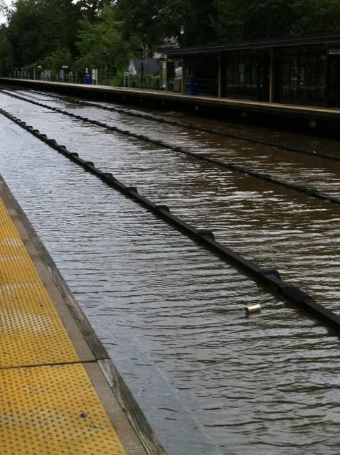 Колії метро затопило © MTA