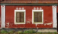(elinor04) Tags: old windows detail building architecture farmhouse hungary decay shutters transdanubia jalousies dwwg