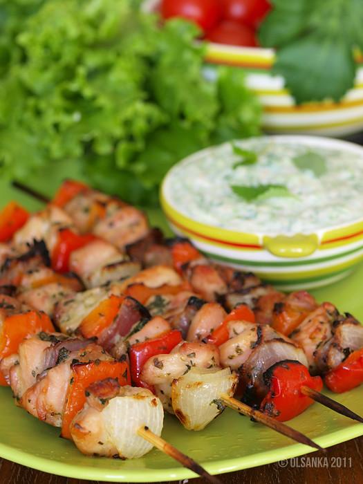 Шашлычки из курицы и овощей