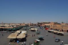 Jāmiʿ el-Fnā (Lapatia) Tags: africa city sunset morocco marocco marrakech marrākiš jāmiʿ elfnā