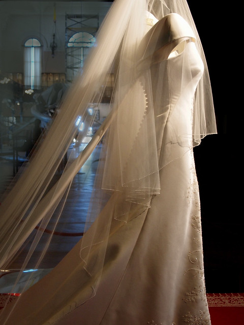 Monaco wedding dress side 1