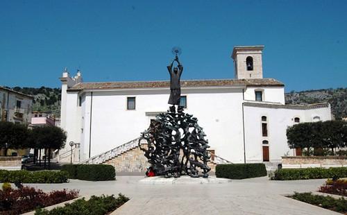Monumento de Fazzini