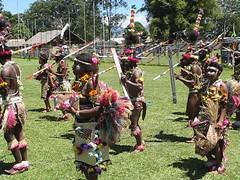 Goroka Show 2009 video 4 (kahunapulej) Tags: show dance day song traditional tribal sing png tribe independence papuanewguinea eastern province singsing goroka ehp niugini hightland melanesian kahunapulej kahunapule
