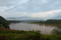 dawn on the red river (Little Raven) Tags: mountains river asia southeastasia vietnam redriver northern việtnam hoanglienson tonkinesealps