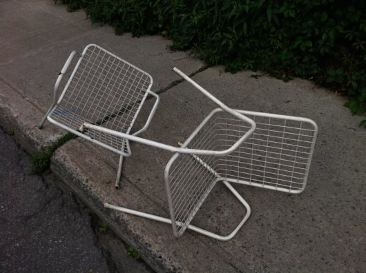 Summer Fling Chairs Recover from Romantic Tumble