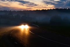 Watch out! (johanbe) Tags: light mist car fog night nikon bil dimma d90 kvll nikond90