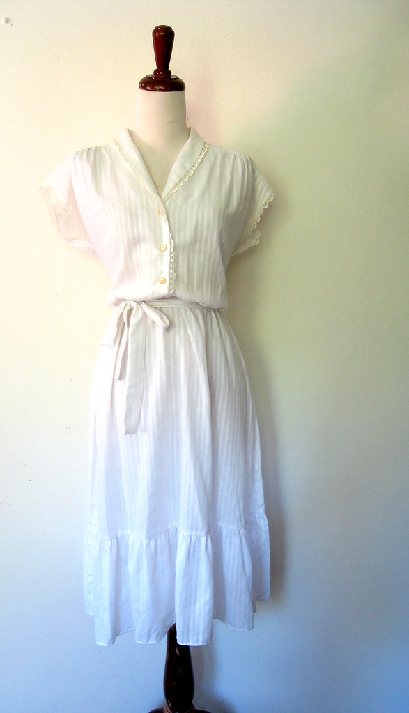 Ruffled Cotton White Day Dress, vintage 70s
