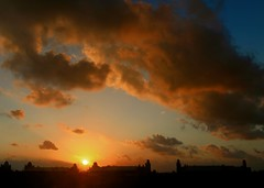Mexican Sunset (Ken Yuel) Tags: clouds mexico skies sunsets senor senorita quintanaroo digitalagent kenyuel royalsuitespalladiumgroup