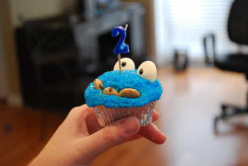 Happy Birthday Cookie Monster cupcake