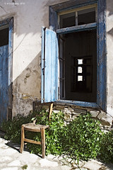 (-Filippos-) Tags: old abandoned chair decay empty cyprus 2010 kato kypros lefkara