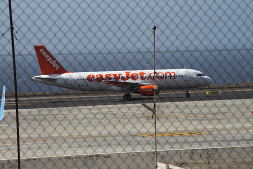 easyJet A320 @ Tenerife Sur Airport