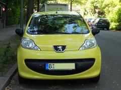 Peugeot 107 (Transaxle (alias Toprope)) Tags: auto street urban france cars beauty car yellow jaune french lemon nikon power shot snap voiture coche soul autos kerb curb macchina peugeot automobiles 107 coches voitures toprope kerbs curbs jaunes yellowcars franaises automobilesfranaises voituresjaunes