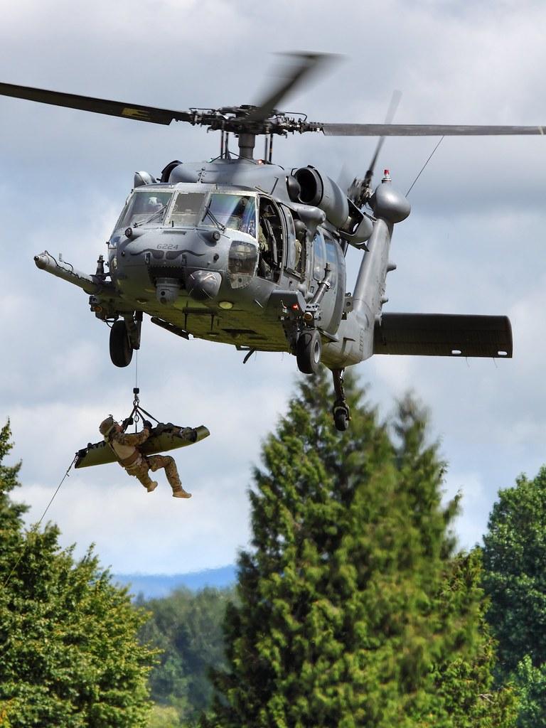 Hélicoptères de Transport Tactique/lourd - Page 2 6082204160_4d2e84707c_b