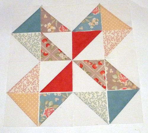 dutch pinwheel sample block for {Sew} Beautiful Bee