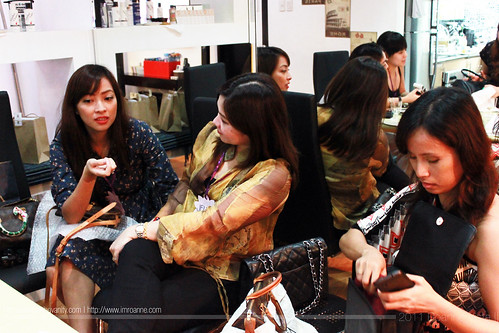 Jackie, Jehann and Earth - Purse Prime Private Bag Spa Session