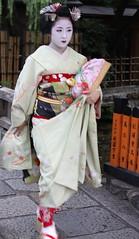 Kyoto (japanjuezba) Tags: japan kyoto maiko geiko geisha nippon kimono obi gion nihon zori juzba japanjuezba