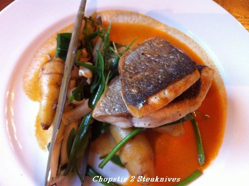 Gilthead bream with razor clams, sea vegetables, ratte potatoes and crab bisque