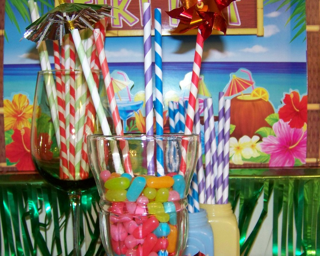Retro Paper Party Straws...