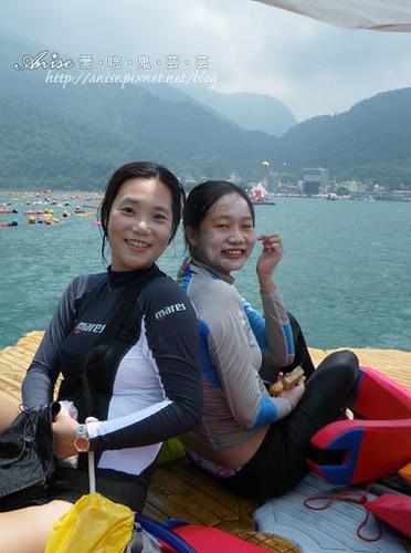 2011泳渡日月潭039.jpg