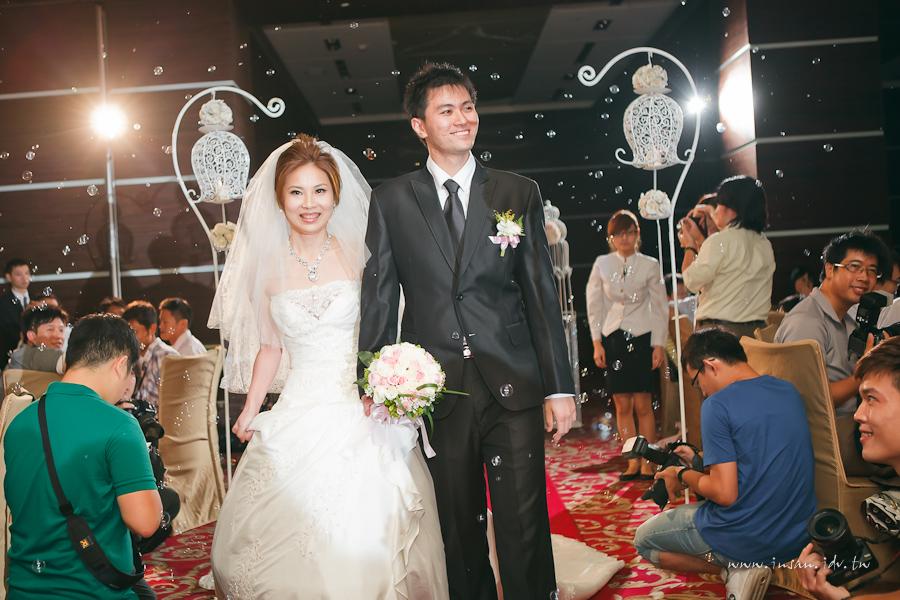 wed110806_0307