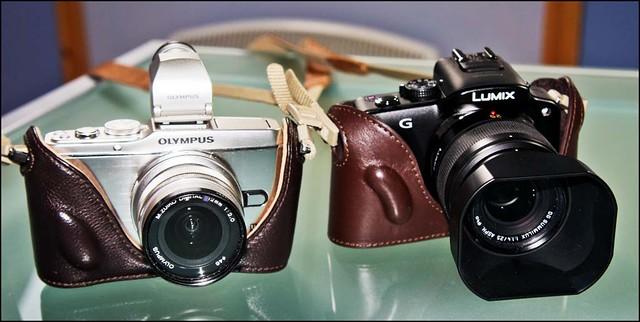 Olympus E-P3 12mm f/2 Panasonic G3 Leica 25mm f/1.4