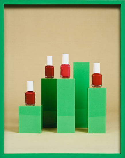 Elad Lassry, Nailpolish, 2009