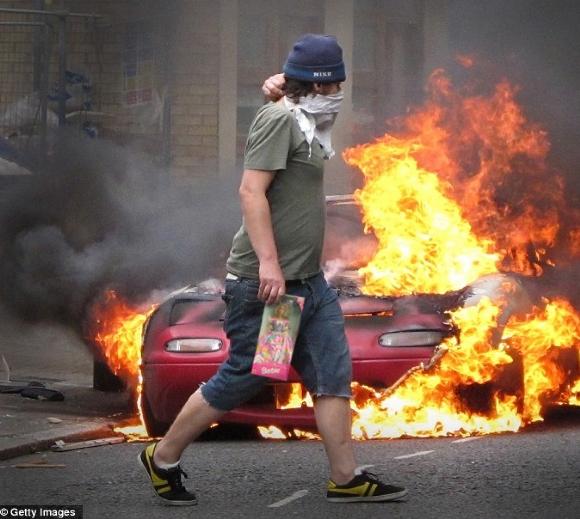 britain-riots 2