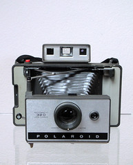 Polaroid 320 Automatic Land Camera by So gesehen., on Flickr