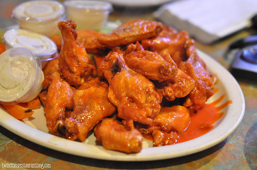 Buffalo Wings at Harry's Sports Bar ~ Countryside, IL