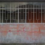 "Sombi <a style=""margin-left:10px; font-size:0.8em;"" href=""http://www.flickr.com/photos/14315427@N00/6052453499/"" target=""_blank"">@flickr</a>"