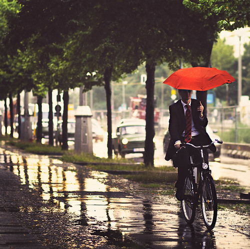 You're lost... (Chaulafanita [www.juliadavilalampe.com]) street people urban man berlin rain bike umbrella germany square deutschland photography lluvia sad rainy getty paraguas regen gettyimages aventura lvm karlmarxalle strase chaulafanita juliadavila juliadavilalampe