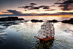 Mayflower (Gujn Ott) Tags: sunset sea sky cloud beach nature water landscape sjr nttra mayflower vatn sk himinn fjara landslag ott slsetur canonef1740mmf40lusm canoneos5dmarkii singhrayreversendgraduatedfilter
