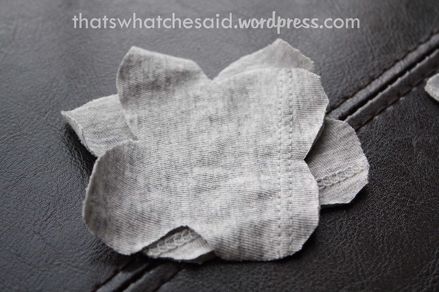 Easily make a fabric flower from a t-shirt