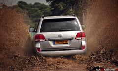 Muddy Explosion.. (Luuk van Kaathoven) Tags: diesel toyota van landcruiser v8 luuk autogetestnl luukvankaathovennl autogetest kaathoven