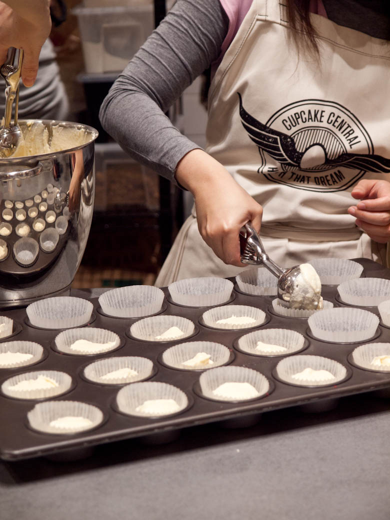 Cupcake Central - Batter into wrappers