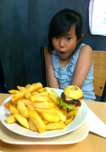 Novembar's Poor Man's Burger with Chips
