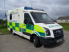 scottish ambulance service SM08EBX (corkyceosboy) Tags: chicken d south north lewis scottish ambulance renault lorry r western council service macinnes harris emergency stores bros isle isles recovery uist benbecula stornoway buchannon macaulay macleod clachan lochmaddy askernish maciain